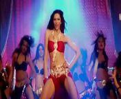 HOT Deepika Padukone thighs from hot deepika padukone cleavage